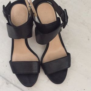 Vince Camuto Leather Heels Size 6.5 hardly worn